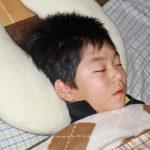 夕方、寝てる息子を見て