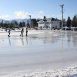 スケート王国十勝はスケート場もケタ違い!なぜなら学校ごとに作るから…